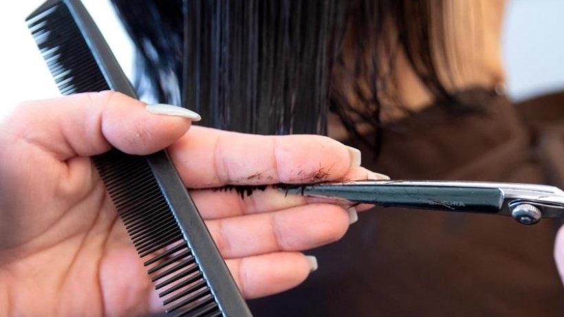 Corona: Friseure seit 1. März offen - mit strengen Hygieneregeln